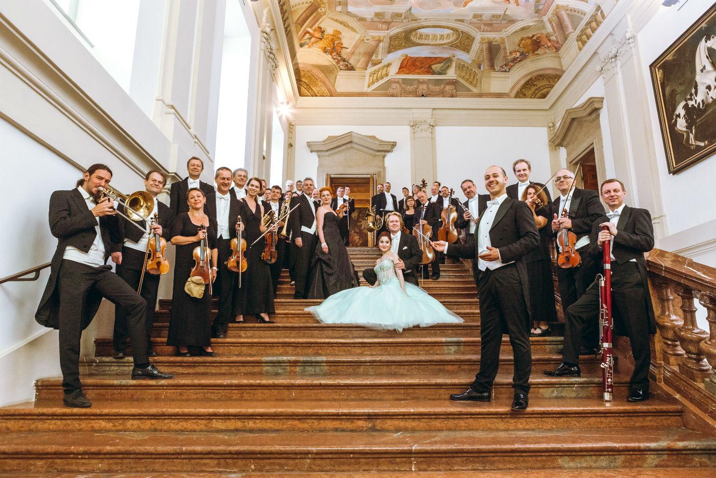 Wiener Hofburg-Orchester beim shooting im Palais Liechtenstein