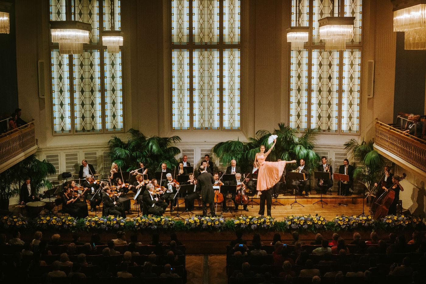 Wiener Hofburg-Orchester bei einem klassischen Konzert mit Ballett im Mozartsaal des Konzerthaus Wien