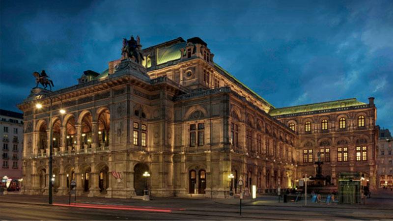 Staatsoper Wien bei Nacht